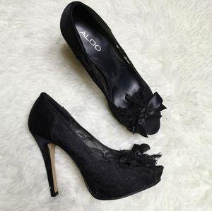 Laced aldo shoes